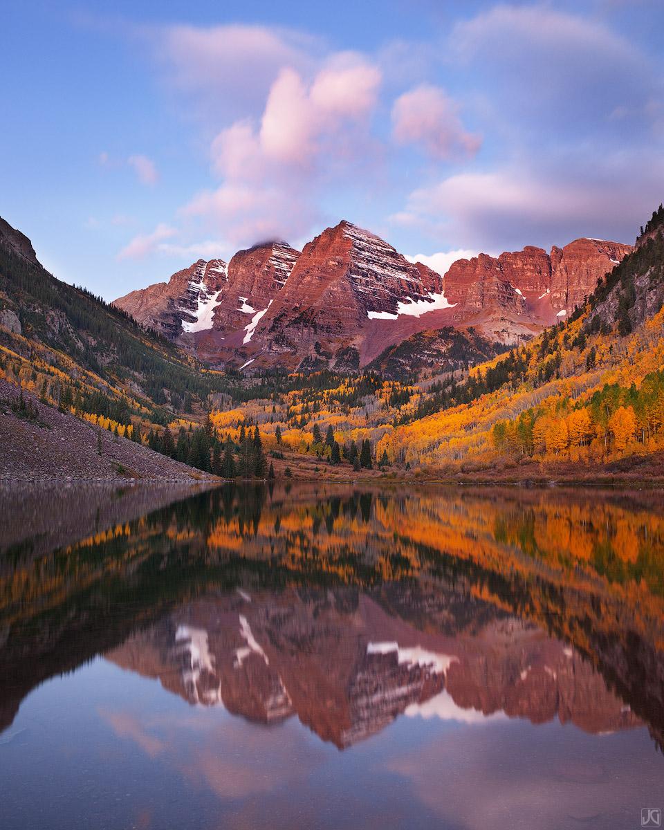 Colorado, aspen, Maroon Bells, Maroon Lake, autumn, Snowmass, sunrise, reflection, photo