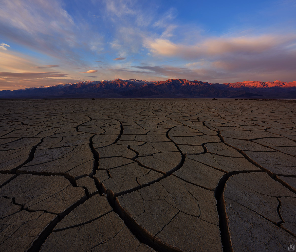 california, desert, death valley, mud cracks, playa, sunrise, photo