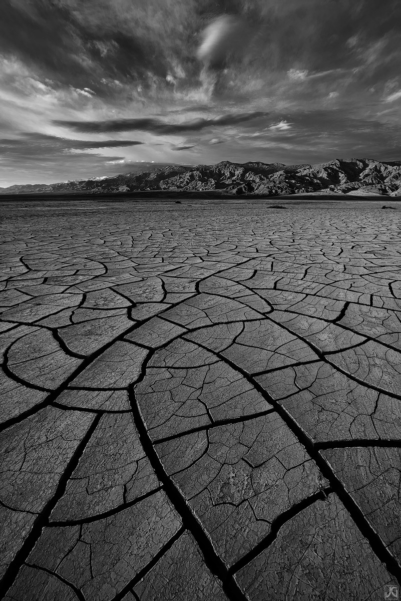 california, desert, death valley, playa, mud cracks, photo